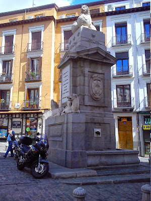 Image result for septiembre puerta de toledo madrid
