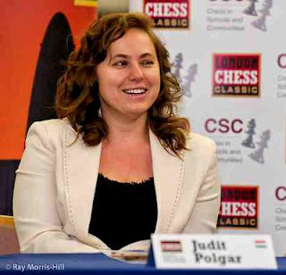 Échecs à Londres : Judit Polgar (2713) © site officiel