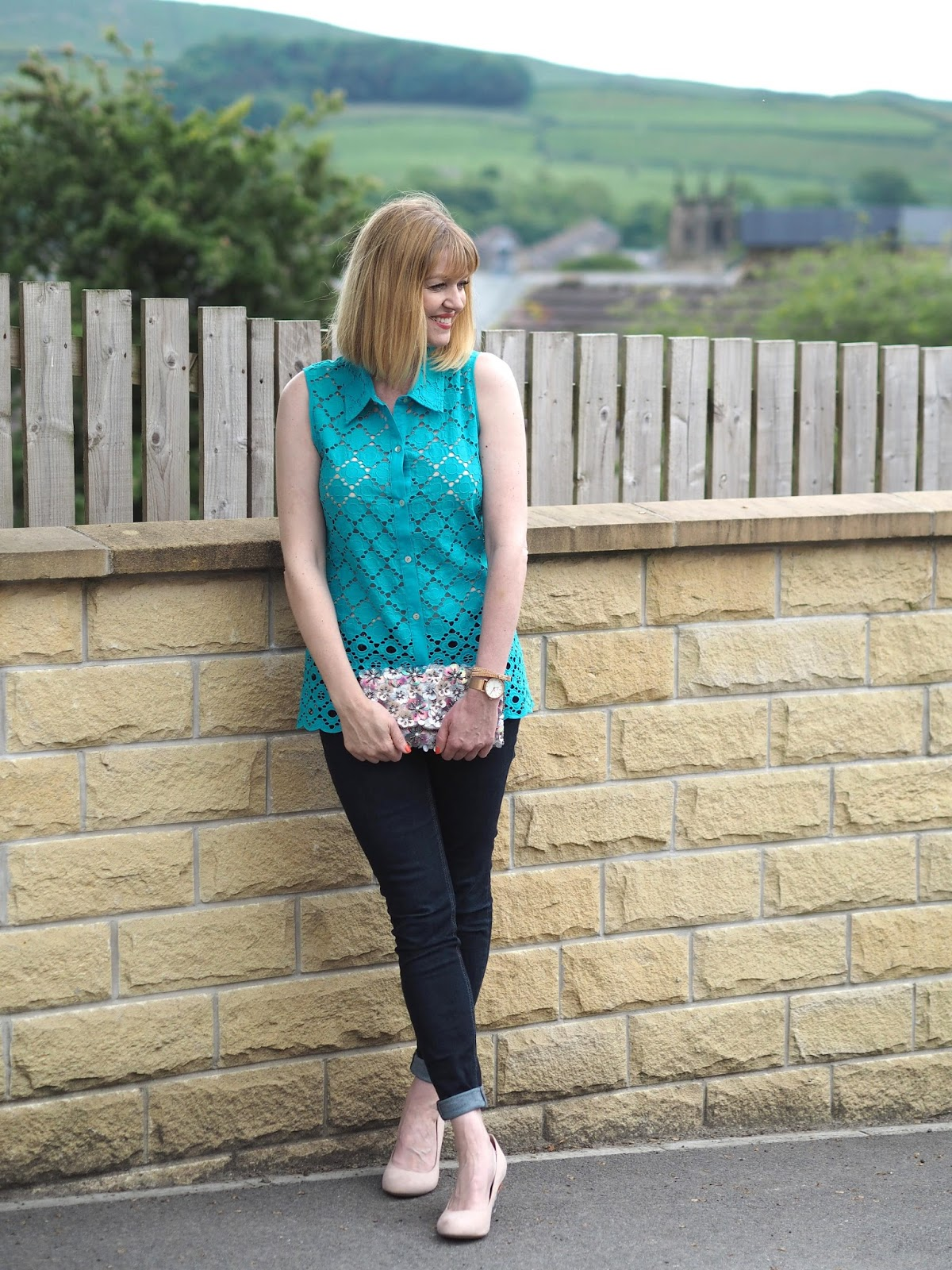 Turquoise broderie anglais top with skinny jeans and nude wedge shoes