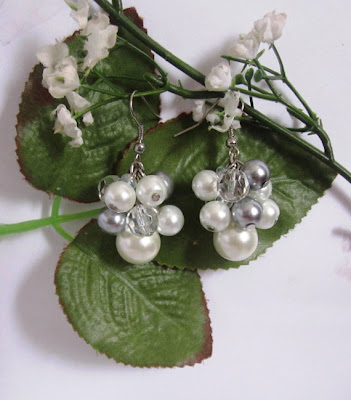 https://www.etsy.com/listing/103534224/bridal-earrings-pearl-and-crystal-bridal?ref=shop_home_active_11