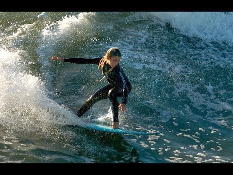 Women s surfing making waves ASP heading to Maui
