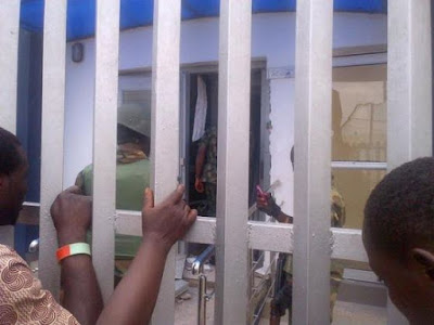 Pictures from Ogolonto Ikorodu Bank Robbery this Morning.