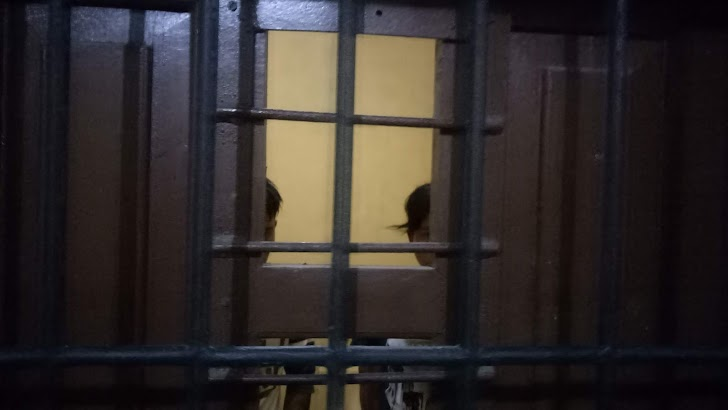 Diduga Mencuri Aki, Duo Kembar Nyaris Tewas Dikampungnya