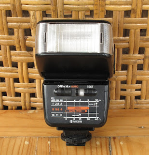 jual external flash yashica cs240 auto