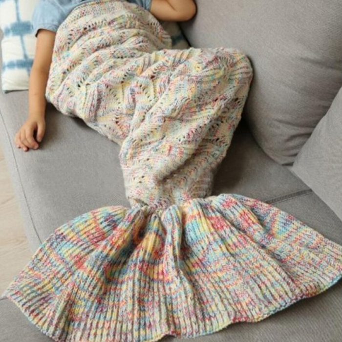 https://www.sevengrils.com/flounced-design-blanket-multi-color-crochet-mermaid-tail-blanket.html