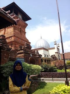 http://indotravelfair.blogspot.com/2017/03/singgah-di-kota-kudus-yuk-berwisata.html