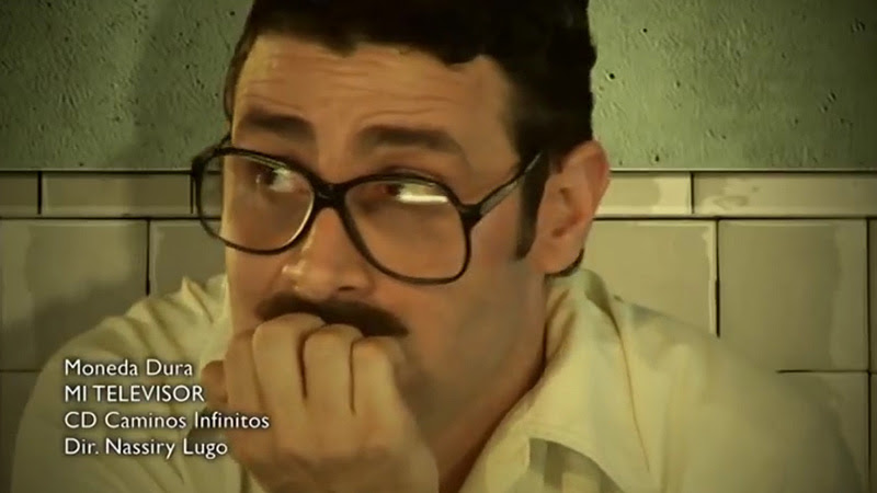 Moneda Dura - ¨Mi televisor¨ - Videoclip - Dirección: Nassiry Lugo. Portal Del Vídeo Clip Cubano - 02