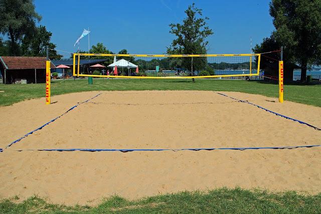 Contoh Lapangan Bola Voli Pantai