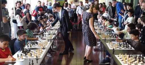 Premiers internationaux de France d'échecs rapide et blitz à Orsay (10-13 mai)