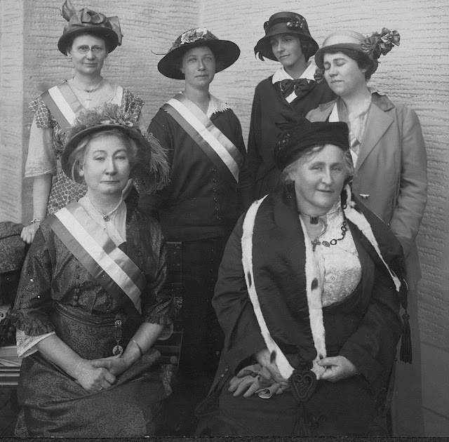 1915 pan pacific expo National Women's Party Freedom Booth, large photo