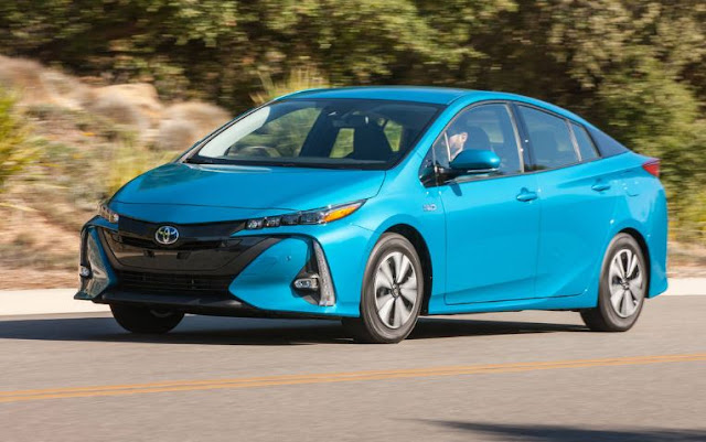 2018 Toyota Prius Prime-Preview, Pricing, Release Date, Performance - TheCarMotor