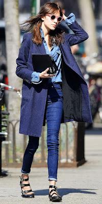 Keunggulan Kaos Distro Sebagai Item Fashion Terpopuler