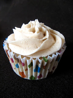 new oct+051a Spice Cupcakes with Cinnamon Buttercream