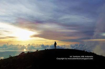 puncak gunung tambora
