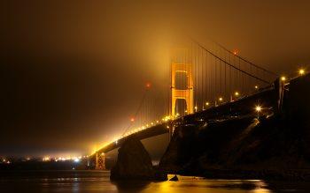 Wallpaper: Golden Gate Bridge covered in fog