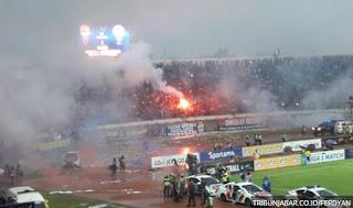 Total Sanksi Denda Persib Bandung di Liga 1 2017 Capai Satu Miliar