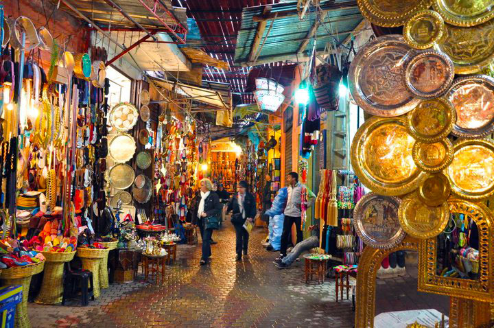 Sau intalni i femeile din Marrakech)