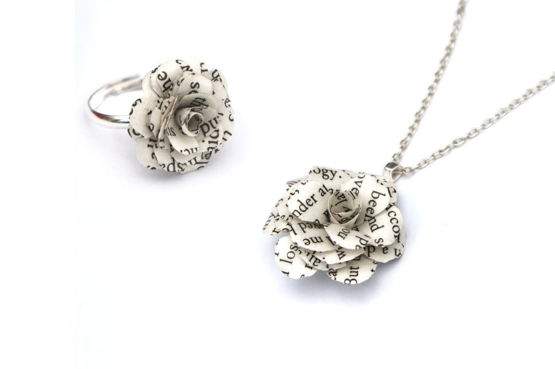 https://www.etsy.com/uk/listing/153436279/book-flower-necklace-gift-set-flowers