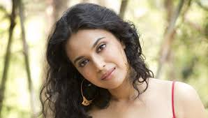 Swara Bhaskar Family Husband Son Daughter Father Mother Age Height Biography Profile Wedding Photos