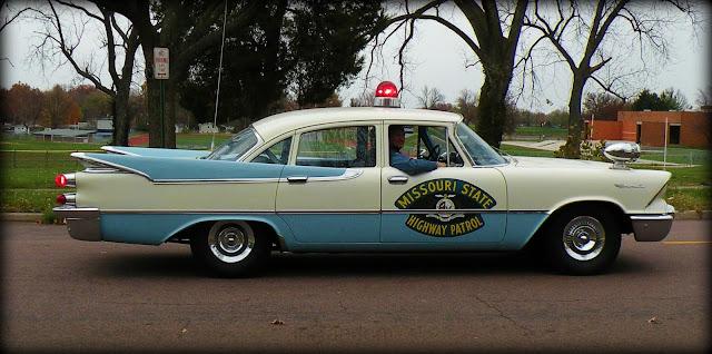 MO Highway Patrol wagon