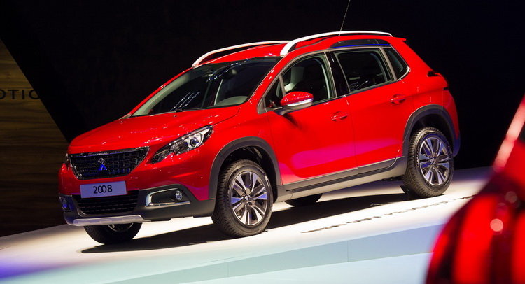 updated peugeot 2008 compact cuv wears the family s new. Black Bedroom Furniture Sets. Home Design Ideas