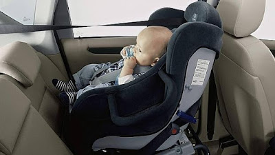 consejos los bebés no deben viajar más de una hora y media en la maxi cosi huevo sillita coche bebé recién nacido blog mimuselina