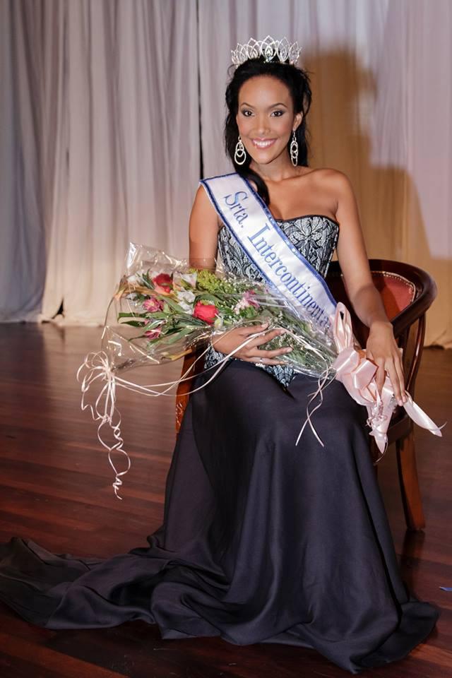 Miss curacao 2013 winner