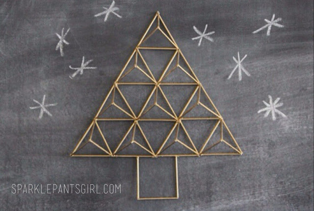 Geometric Christmas Tree Feature