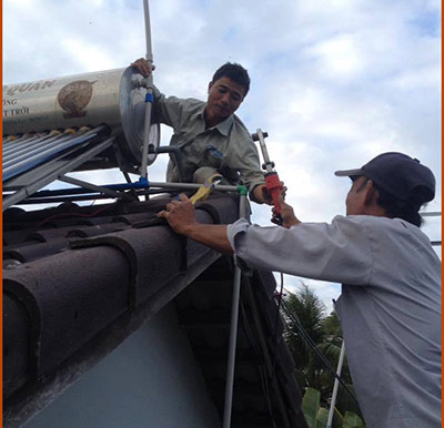 Cấp cứu đường nước nóng tại hẻm Lam Hà - Trần Hưng Đạo - Dương Đông - Phú Quốc