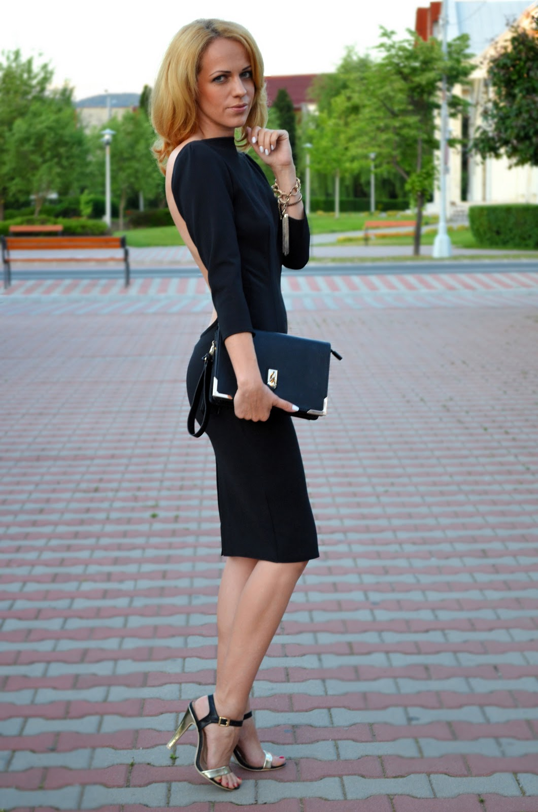 49ecbc32490 Loving- Evelyn  Backless black dress