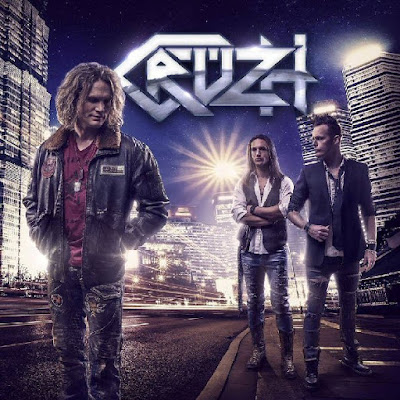 Cruzh - First Cruzh (video)