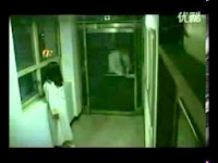 Penampakan Hantu di Hotel Singapura