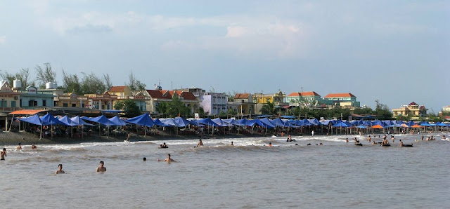 The best beaches near Hanoi 2