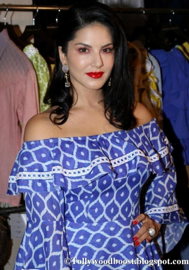 Model Sunny Leone Photo Shoot At Fashion Show In Blue Dress