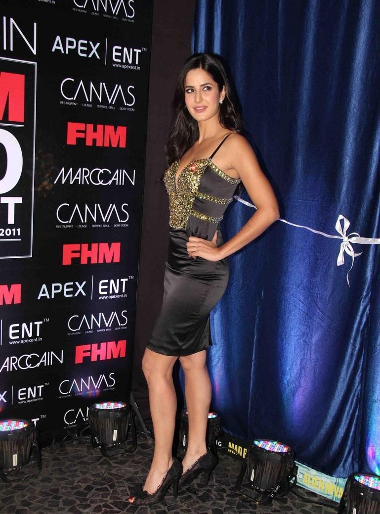 Bollywood Actress Katrina Kaif Hot Legs Thigh Show In Short Black Skirt
