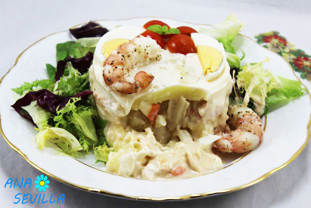 Tarta de patata y gambones Thermomix corte