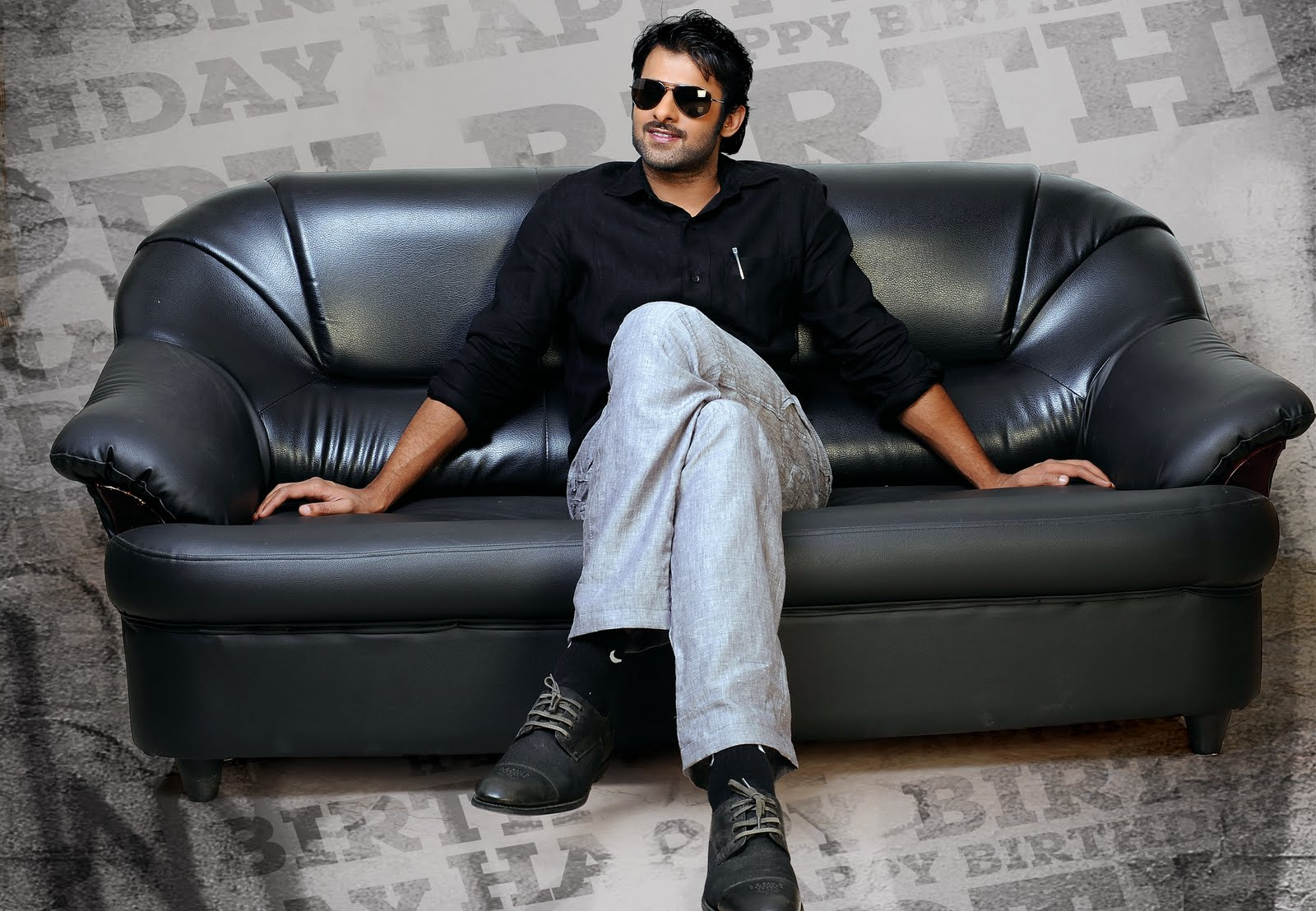 Prabhas Rebel New Stills Wallpapers Ultra Hd 2000: Latest Film News: Prabhas Rebel HD Wallpapers