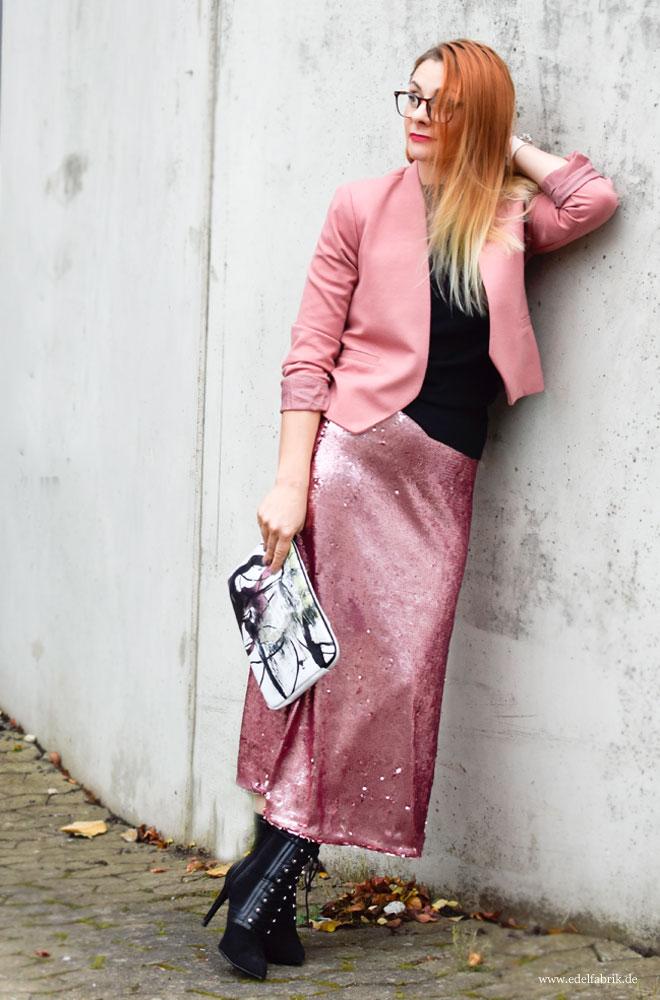 Outfit mit Rosa Rock, Rose richtig stylen