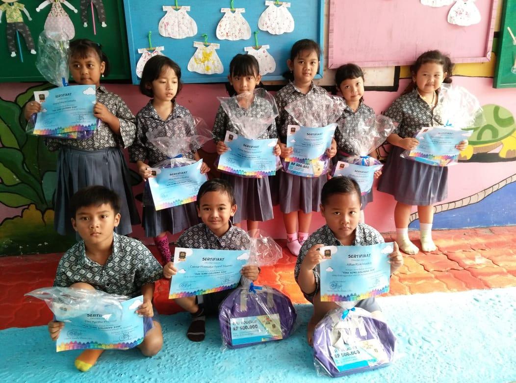 Prestasi Anak Anak Lomba Mewarnai Gambar Di Sd Muhammadiyah Kb Tk