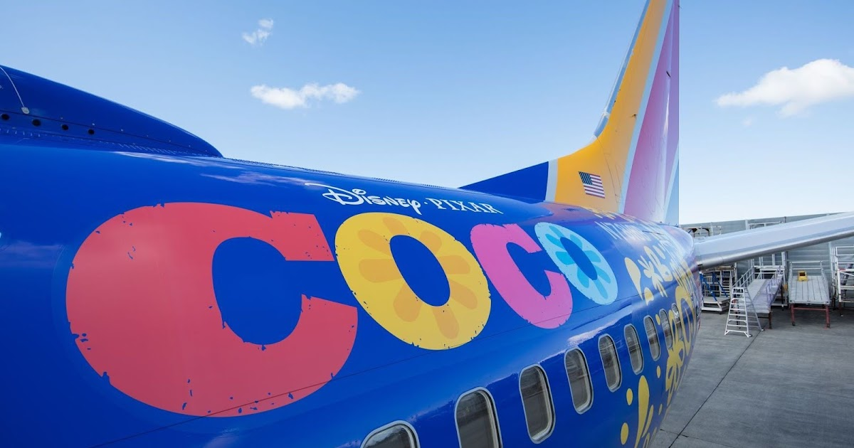 Pixar S Coco Takes Flight Check Out This New Coco