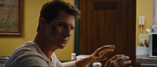 first-jack-reacher-never-go-back-trailer-and-images
