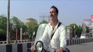 Jolly LLB 2 Akshy Kumar Hero Drive Scooter Wallpapers