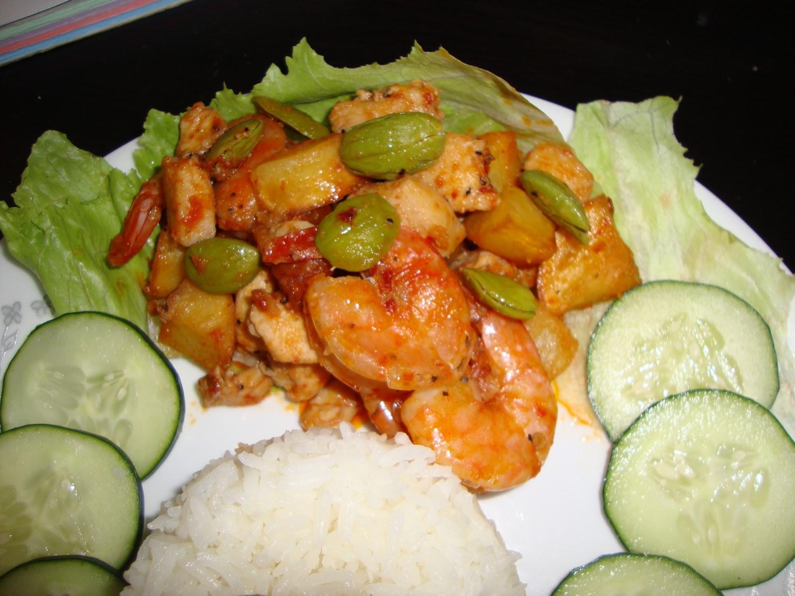 Food and Life: Sambal Udang + Ayam + Kentang +Pete goreng ( Spicy shrimp + Chicken + Potato + Sator)