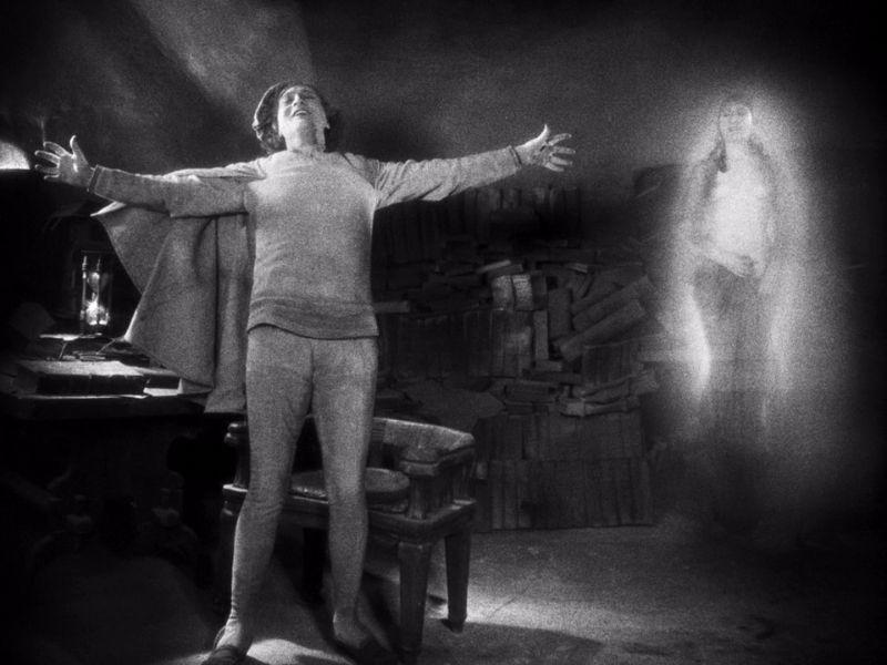 Nudity in silent films — pic 1