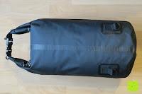 befüllt hinten: Dry Bag »Krake« Wasserdichte Trockentasche / Seesack / Survival Bag / Trockensack / Ideal für Kajak, Kanu, Segeln, Angeln, Schwimmen, Strand, Snowboarden, Skifahren, Bootfahren, Camping / Schützt Deine Wertsachen und Kleidung vor Staub, Nässe, Sand und Schmutz / 5L gelb
