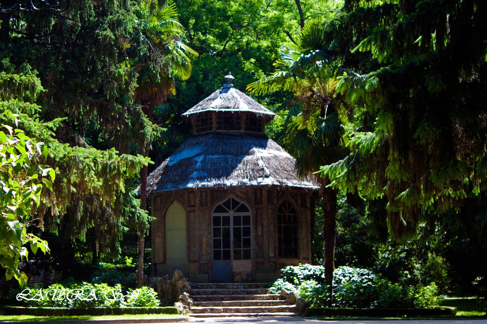 Jardin Campo Del Moro Madrid Chale Del Corcho