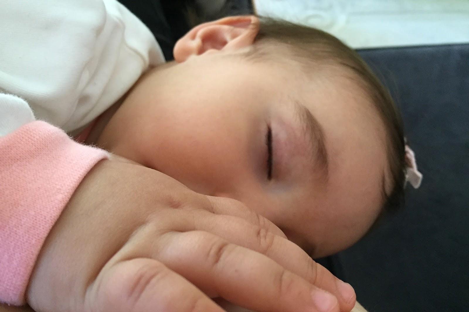 Bir çocuğa anne sütü vermek mümkün müdür