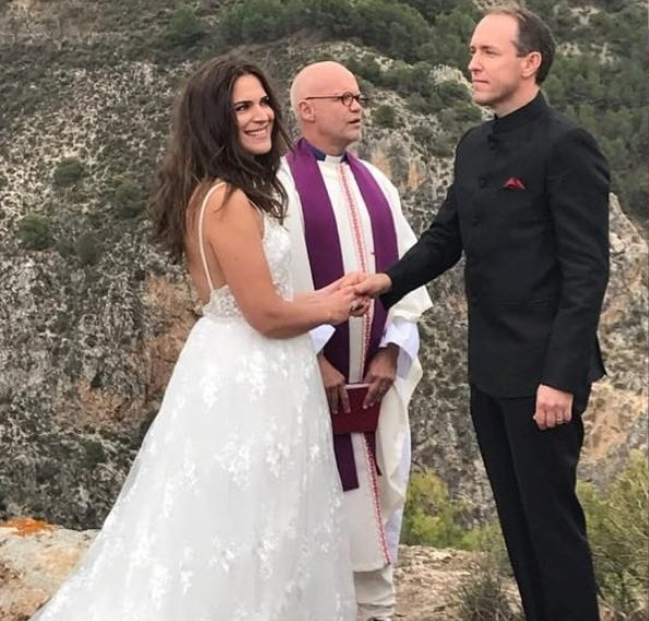 Mattias Klum got married with Iris Alexandrov in the Lecrin Valley