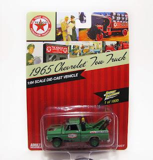 Johnny Lightning 1965 Chevrolet Texaco Tow Truck