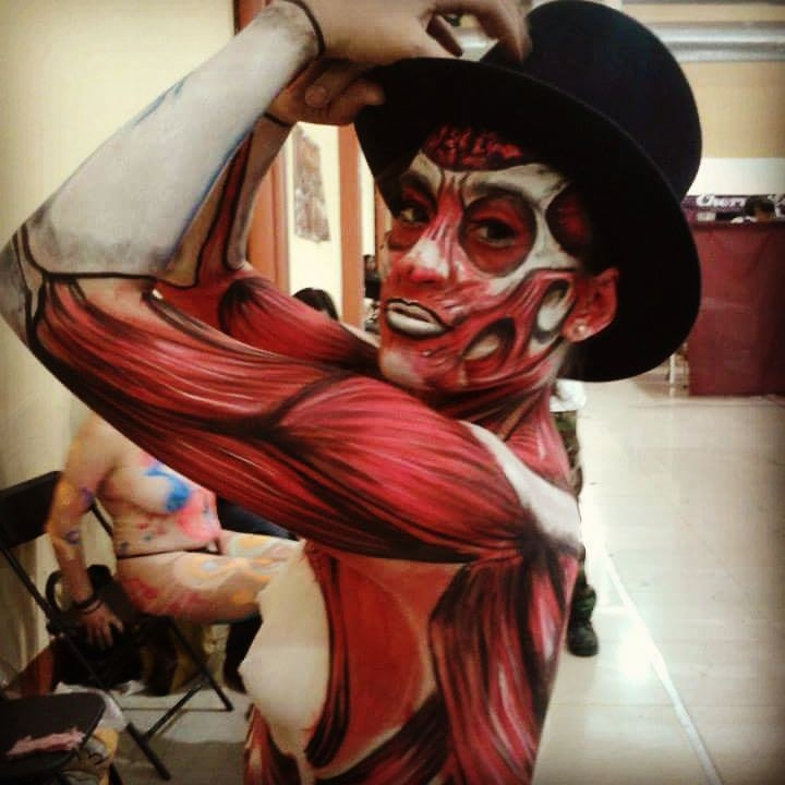 04-Anatomy-Alexander-Ojodelince-Body-Painting-that-Transforms-you-into-Art-www-designstack-co